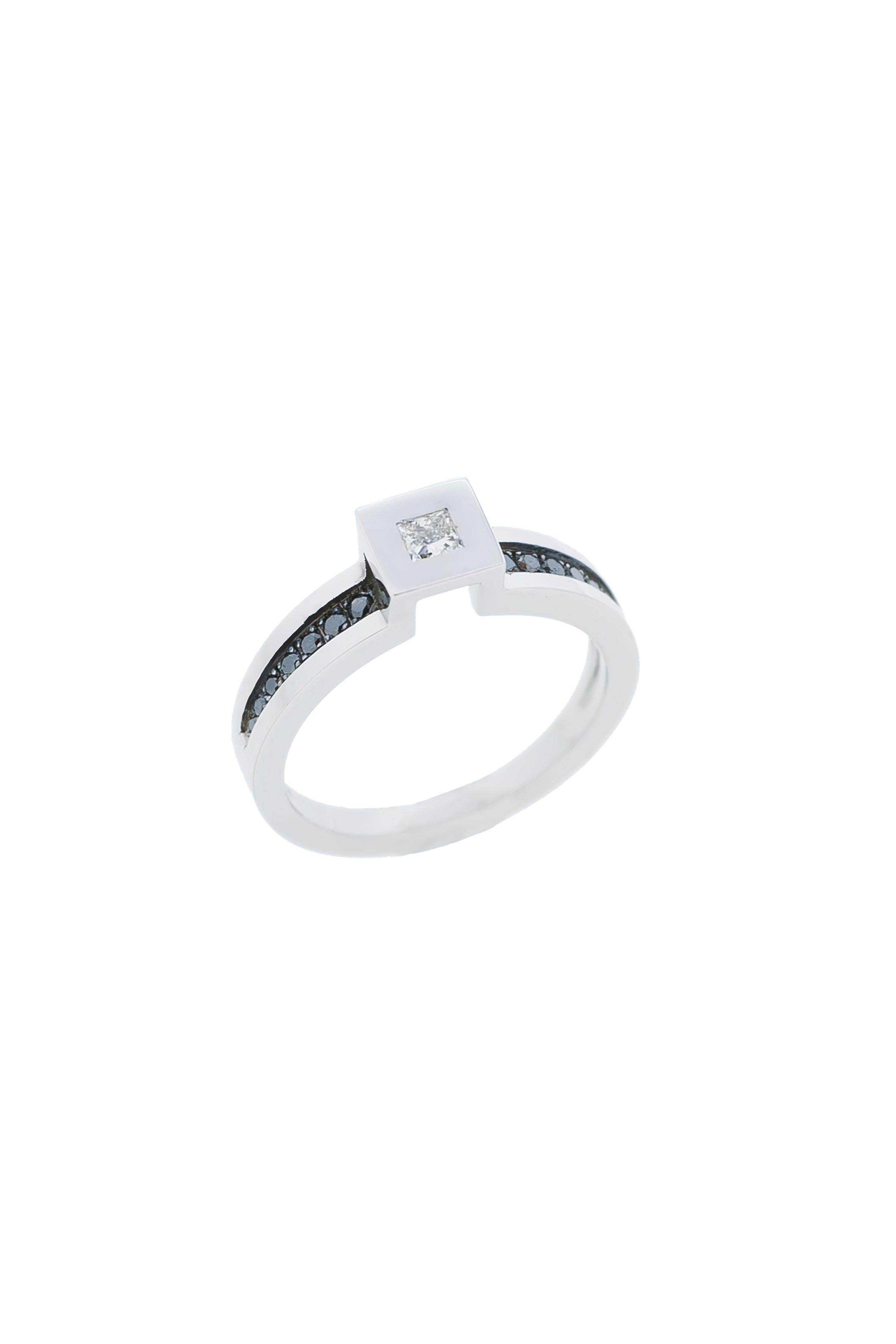 bague or blanc plusieurs anneaux